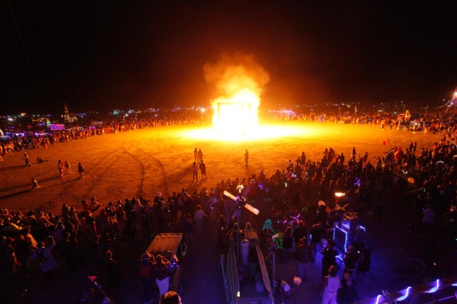 Life Cube Burn at Burning Man in 2013.  Photo by Tom Oniel